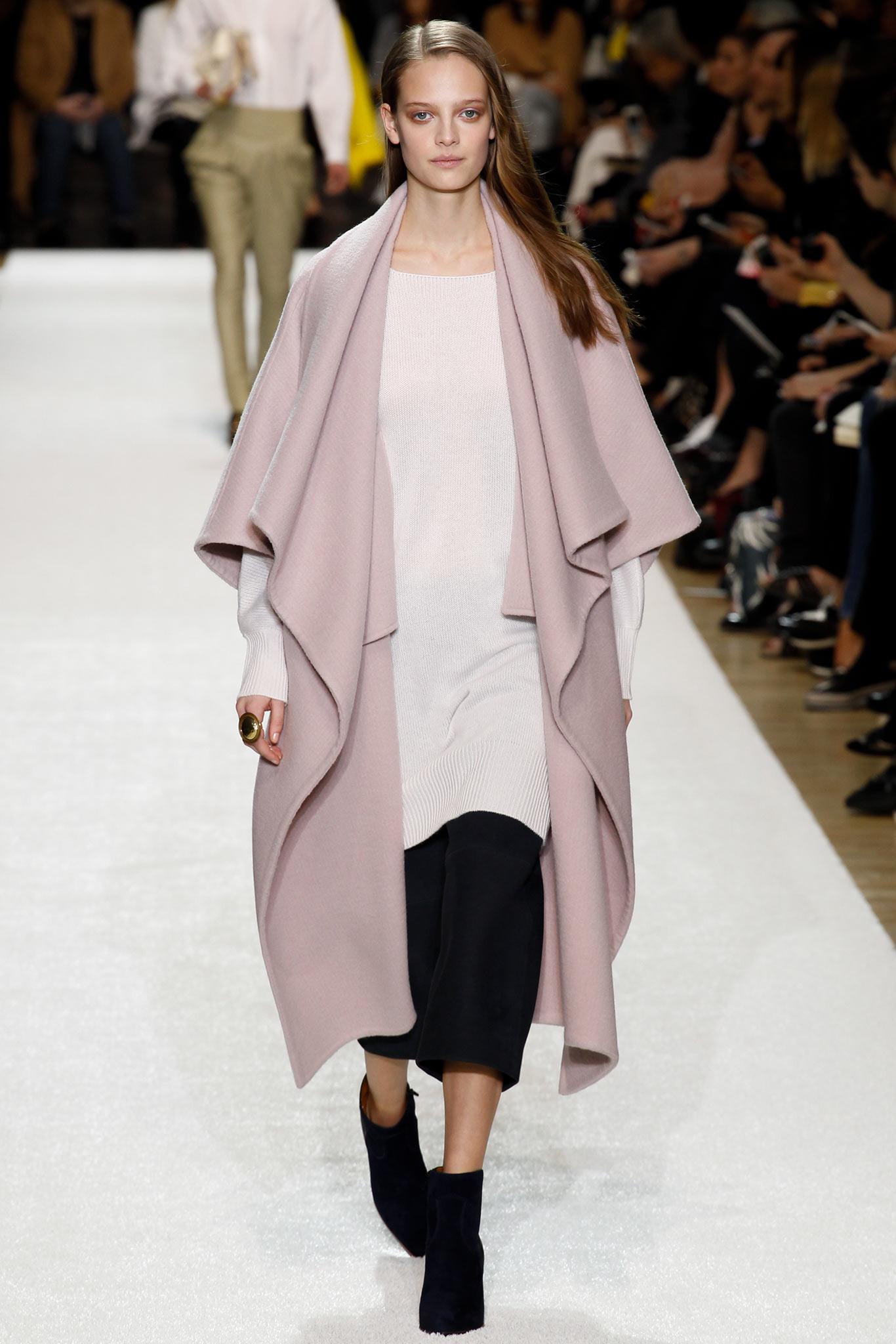 Fashion Designer House Daughter Gaby on fashion designer classroom, fashion designer that died, fashion designer desk,